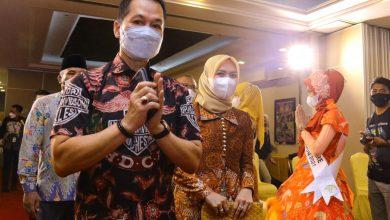 Hartopo Bersama Istri dalam Acara Duta GenRe